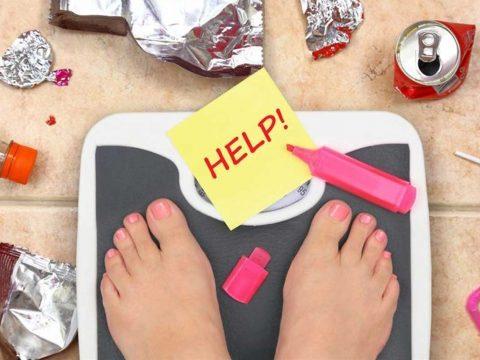 پرخوری عصبی یا بولیمیا چیست ؟ - روانشناسی ورزشی