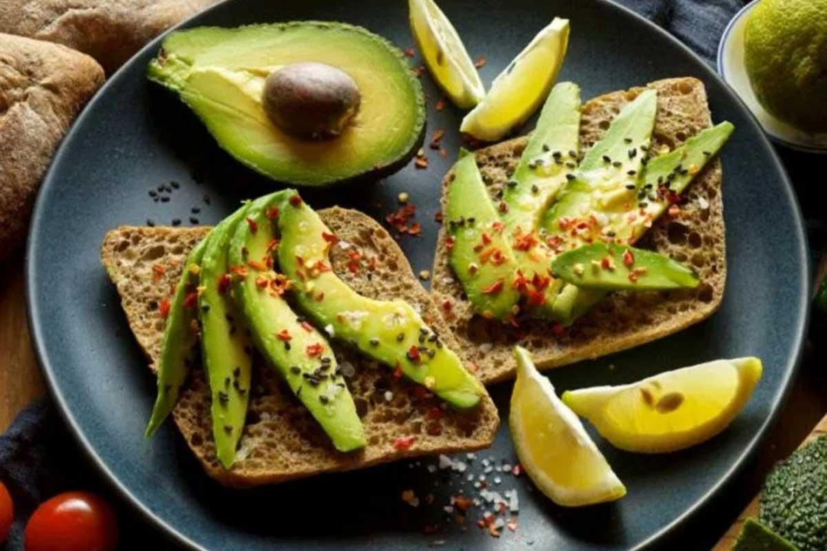 میوه جادویی یا آووکادو - تغذیه ورزشی