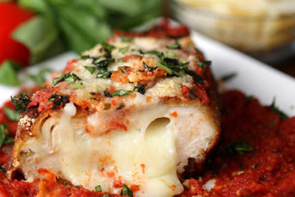 طرز تهیه خوراک مرغ با پنیر خامه ای یک وعده تقلب سالم - آشپزخانه فیتنسی