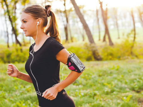 آیا موسیقی میتواند کمک کند بهتر ورزش کنید ؟ - روانشناسی ورزشی