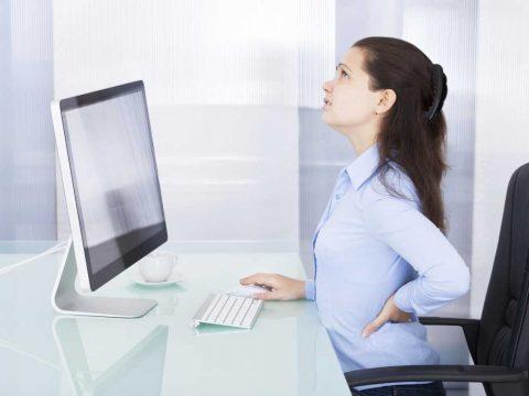 حرکت درمانی برای کاهش آسیب کارمند پشت میزنشین