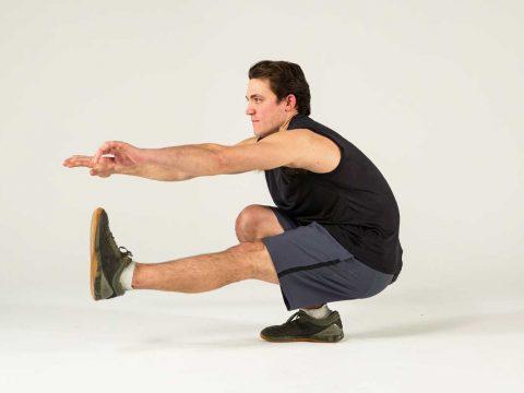 آموزش پیش روی در حرکت پیستول اسکوات